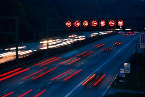 Massenkarambolage: Auf der Autobahn ereignet sie sich besonders häufig.
