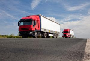 Nach der Punktereform in Flensburg wird der Verstoß gegen das Sonntagsfahrverbot für Lkw nicht mehr mit Punkten bestraft.