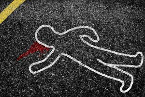Eine Strafe für unterlassene Hilfeleistung ist nicht vorgesehen, wenn das Opfer bereits verstorben ist - weil keine Straftat vorliegt.