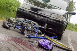 Ein tödlicher Unfall kann aufgrund der Missachtung von Verkehrsregeln geschehen.